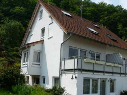 Freundliche und sanierte 5,5-Zimmer-Doppelhaushälfte zur Miete in Berglen