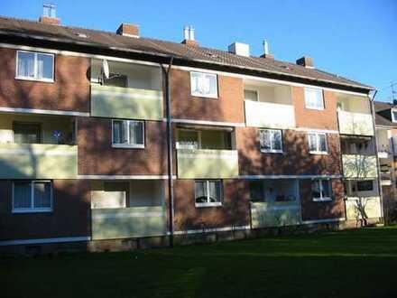 Modernisierte 3 Zimmer-Wohnung mit Loggia im südlichen Citybereich