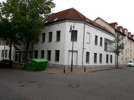 Neusanierung | großzügiges Wohnen in 4 Räumen |100 qm | in Roßlau