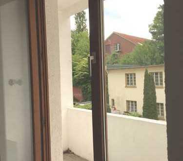 Bo.-Szeneviertel! WG taugliche, großzügige 3-Zimmer Wohnung mit Balkon!