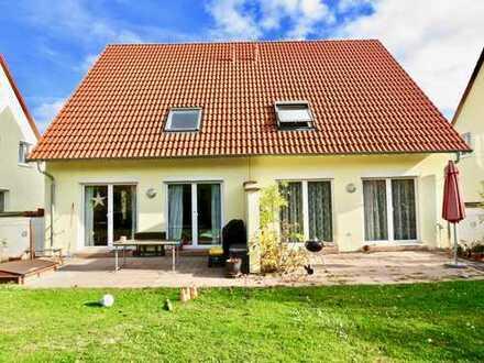Grünstadt | attraktive und lichtdurchflutete Doppelhaushälfte in familienfreundlicher Lage
