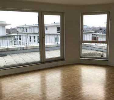 Renovierte 4-Zimmer Wohnung mit großer Dachterrasse