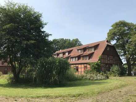 ehemaliges Landhotel: Entwicklungsobjekt für Ferien-Eigentumswohnungen in den Elbtalauen