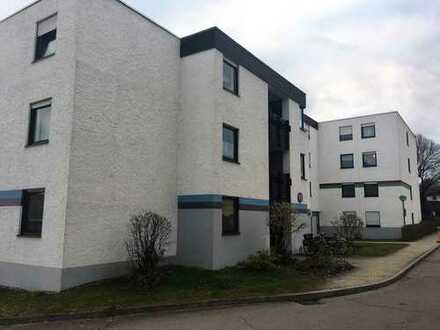 Helle und freundliche 1-Zimmer-Wohnung mit Balkon und EBK in Aichach von privat