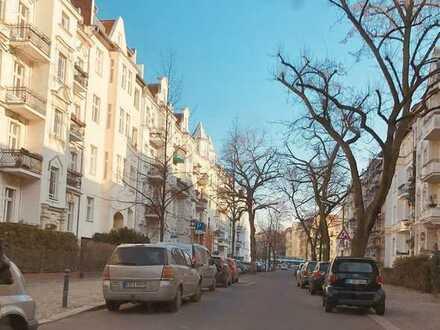 Friedenau: Roennebergstraße: Ruhige Bürofläche, ca. 97 m², Souterrain, nahe Schloßstraße per 15.06.