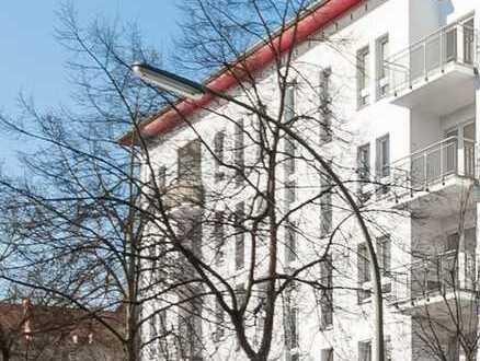 Schöne moderne 2-Zimmerwohnung mit Balkon im grünen Herzen von Tiergarten