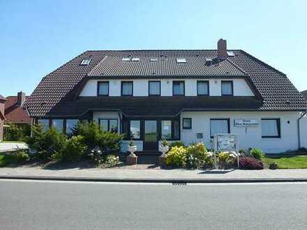 HOTEL an der KÜSTE: 18 Zimmer, Frühstücksraum, mediterraner Innenhof, Wellnessbereich mit SAUNA ...!
