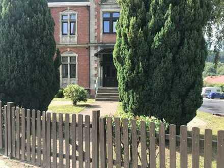 Große Dreiraumwohnung mit Einbauküche und Garten in absoluter Bestlage von Zella-Mehlis