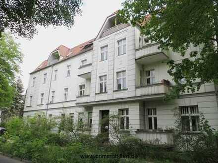 Sehr schicke DG-Wohnung als Kapitalanlage am Herthaplatz - tolle Lage in Pankow