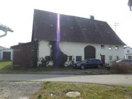 Wohn- bzw. Bauernhaus in Rot an der Rot