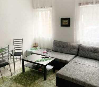 Gepflegte 4-Zimmer-Wohnung mit Außenstellplatz