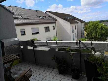 Moderne und komplett modernisierte Eigentumswohnung mit TG-Stellplatz in Mingolsheim