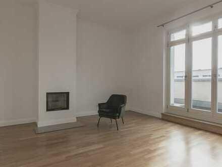 ÜBER DEN DÄCHERN BERLINS - 3-Zimmer-Penthouse in Mitte - bezugsfrei!