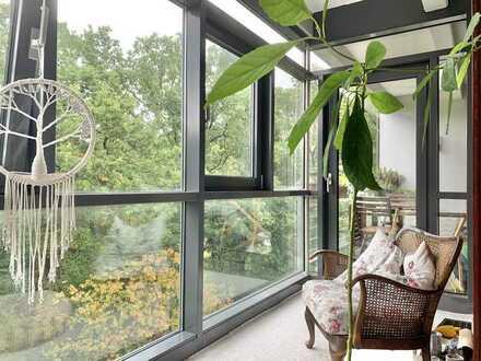 Wohnung am AEZ mit Wintergarten und Loggia