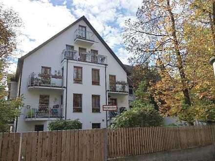 Neuwertige 2-Zimmer-Wohnung mit Balkon und EBK in Nymphenburg, München
