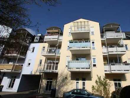 Exklusive, gepflegte 3-Zimmer-Wohnung mit Balkon und EBK in Dachau