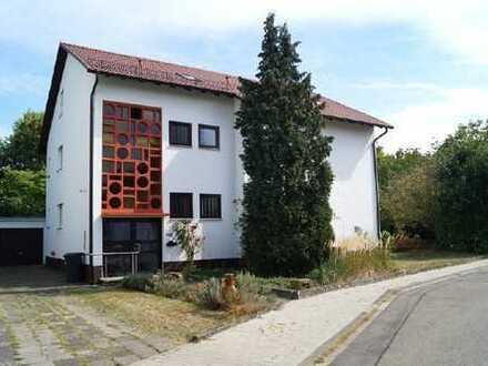 Haus für Visionäre! 3-FH mit Doppelgarage, großem Grundstück und viel Platz für die Familie!