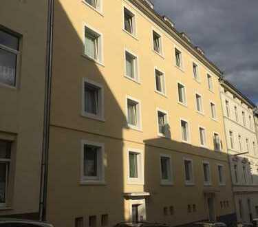 Sanierte Zwei-Zimmer Wohnung in Wuppertal, Elberfeld West