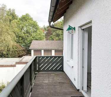 Helle 3 ZKB Wohnung mit Balkon und Garage in schöner Wohngegend