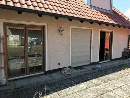 Geräumige Wohnung im Dachgeschoss zu vermieten!
