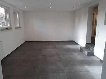 Erstbezug nach Sanierung: Schöne 2-Zimmer-Wohnung mit Einbauküche in Altenriet