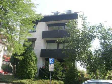 2 1/2 Zimmer-Wohnung mit Fußbodenheizung im Dachgeschoss