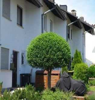 Großes Reihenhaus in schöner Lage / Perfectly located big semi-detached House