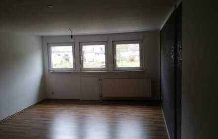Ansprechende, gepflegte 2,5-Zimmer-Wohnung in Unglinghausen
