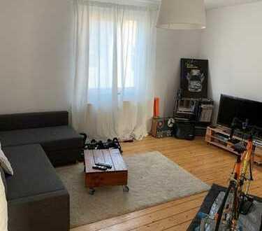 Schöne 2 Zimmerwohnung mit Dielenboden
