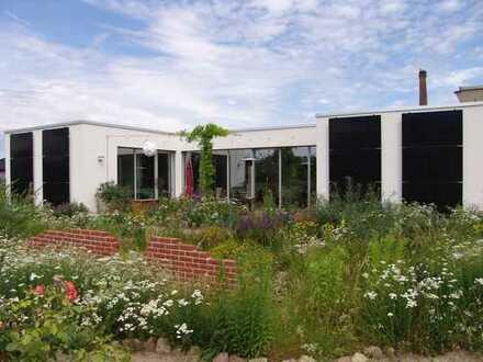Ein energetisch hoch effizientes Architektenhaus muss umständehalber verkauft werden!