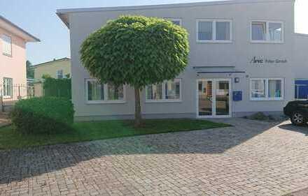 Gewerberäume 200m² zu vermieten (Büro/Lager)