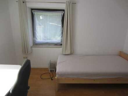 1 Zimmer in 3er WG in Ravensburg an Praktikant/Student/-in, 390.- warm mit Strom WLAN und allen Betr
