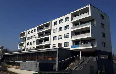 Volltreffer - exklusive 3 Zi-Wohnung in Bietigheim-Bissingen mit 2 Stellplätzen und Sonnenterrasse