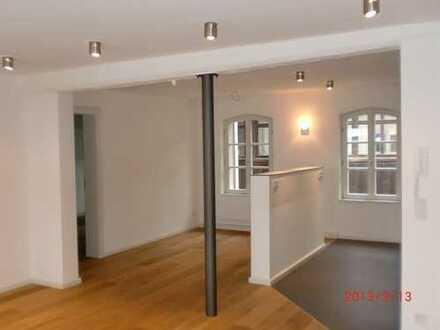 Exklusive, sanierte 3-Zimmer-Wohnung mit gehobener Innenausstattung im Herzen der Erlanger Altstadt