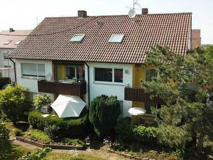 6 Fam. Haus in unverbaubar Lage mit freier Aussicht auf Wiesen und Felder