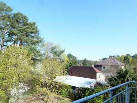 Optimale Dachgeschosswohnung für Singles! 2 Zimmer mit Balkon und Weitblick.