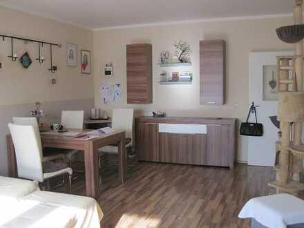 ++Schön geschnittene Wohnung in sehr gepflegtem Haus: 3 Zi, K,D, helles Bad, GARTEN, gesuchte Lage++
