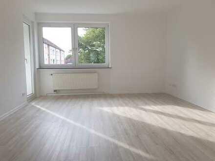 *ERSTBEZUG nach SANIERUNG* 3-Zimmer Wohnung mit Balkon in Garbsen *zu sofort frei*