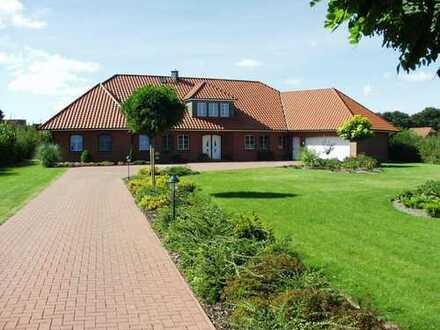 Attraktive naturnahe Landhaus-Villa für den ganz hohen Anspruch