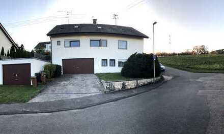 1.200 €, 130 m², 5 Zimmer