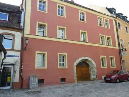 Schöne zwei Zimmer Wohnung in Amberg Zentrum