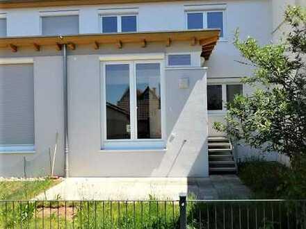 Hochwertig renovierte DHH , 134 m² Wfl., Garten, CP/STP, sympathische Umgebung..!