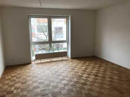 3 Zi, 80m², 2019 renoviert, sehr ruhig & zentrumsnah, LEICHT Küche, Tiefgaragenstellplatz