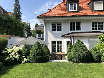 Exklusive DH-Villa möbliert auf Zeit am Westpark