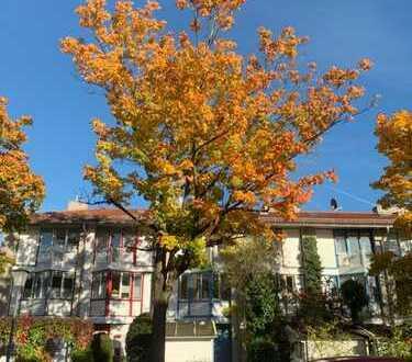 schönes Reihenmittelhaus, München Johanneskirchen Gartenstadt, 5 Zi, DG, Kü, 2 Bäder, Balkon, Terras