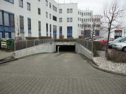 Tiefgaragenstellplatz im Sandfeld-Shopping-Center