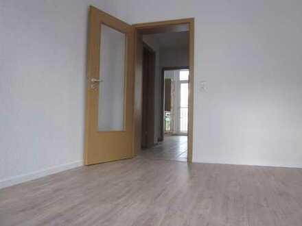 *BIRI* - Renovierte 2-Raum-Wohnung in Haselbrunn