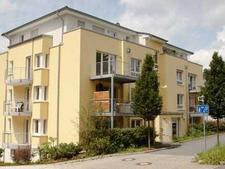 Zum Wohlfühlen - Komfortwohnung-Penthouse (Bj. 2012) mit 2 Balkonen / Aufzug