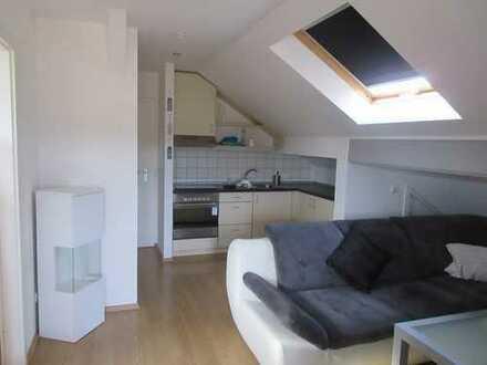 Kleine Dachgeschosswohnung in Köln-Esch