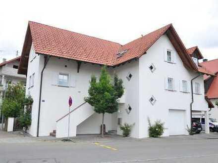 ++ Top-Stadthaus mit Terrasse, Garage, Carport und Platz für Arbeiten & Wohnen ++